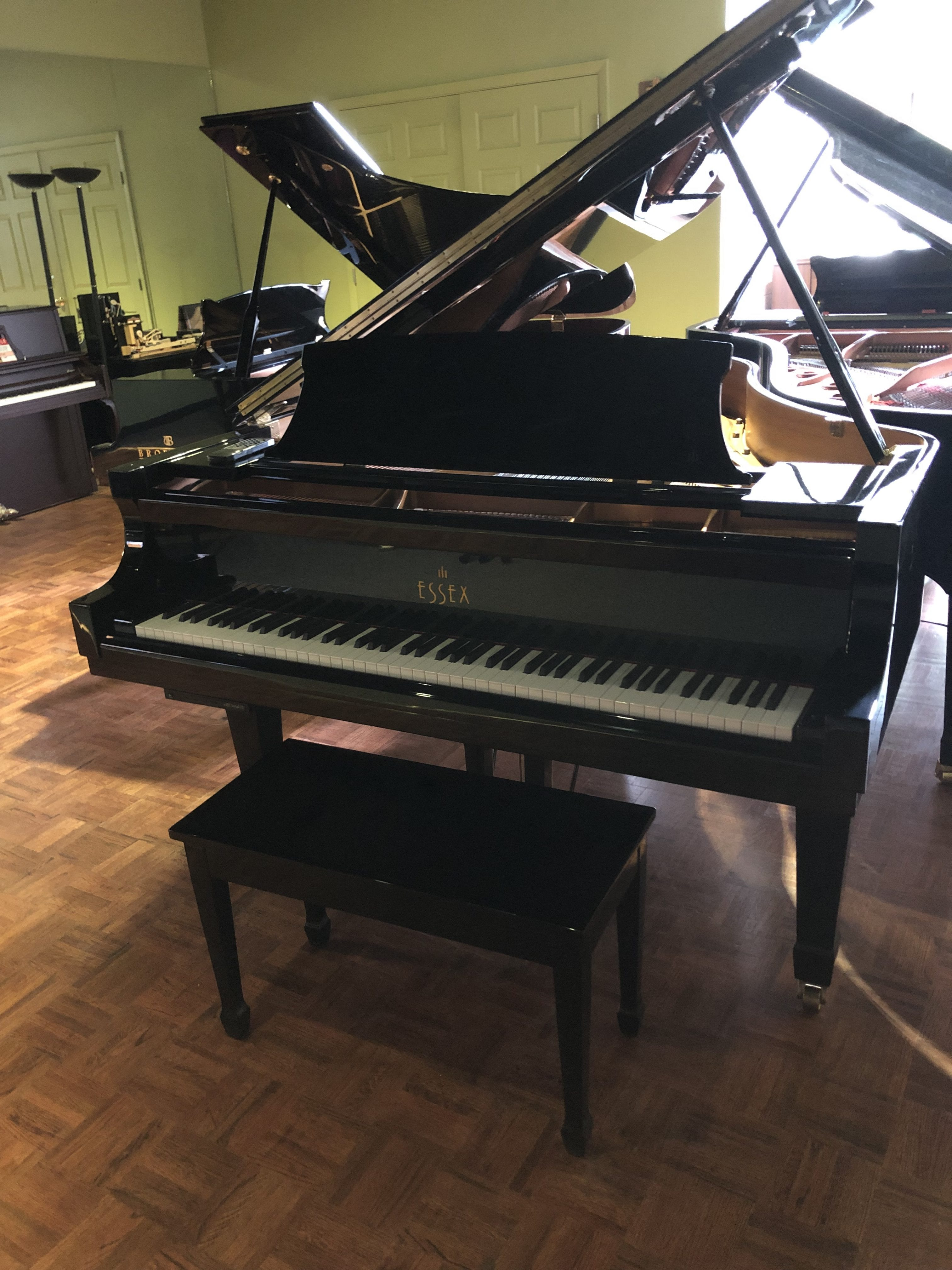 Size:6'Made in 2003$12,488 - w/ Player Piano Installed